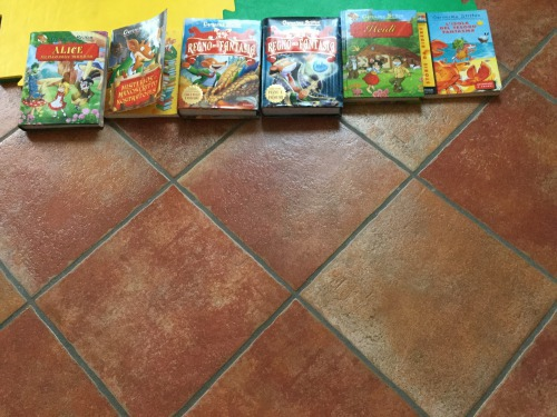 Invia una foto della tua collezione di Topo-Libri!